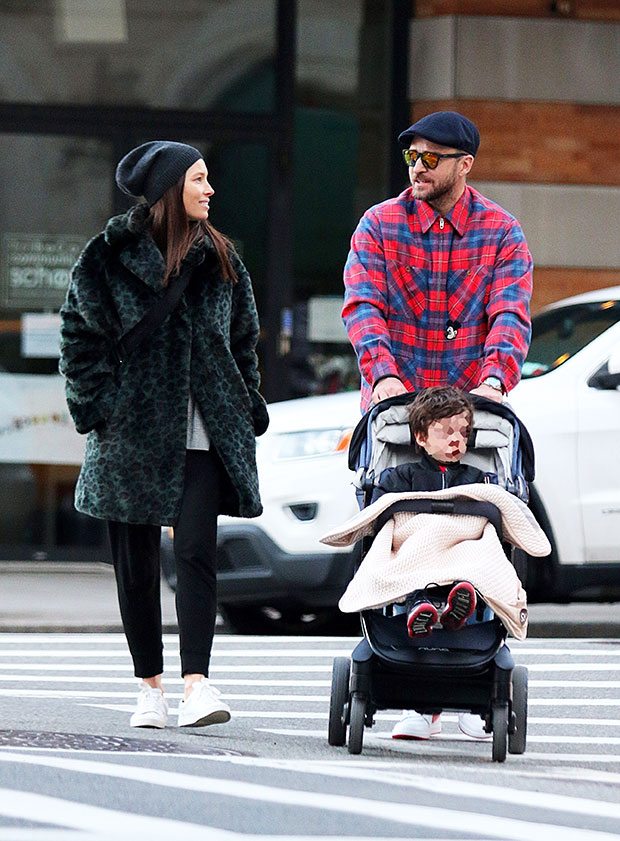 Justin Timberlake Jessica Biel Son Silas Step Out For Family Date Hollywood Life
