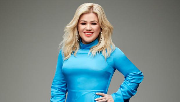 Kelly Clarkson Boob Job