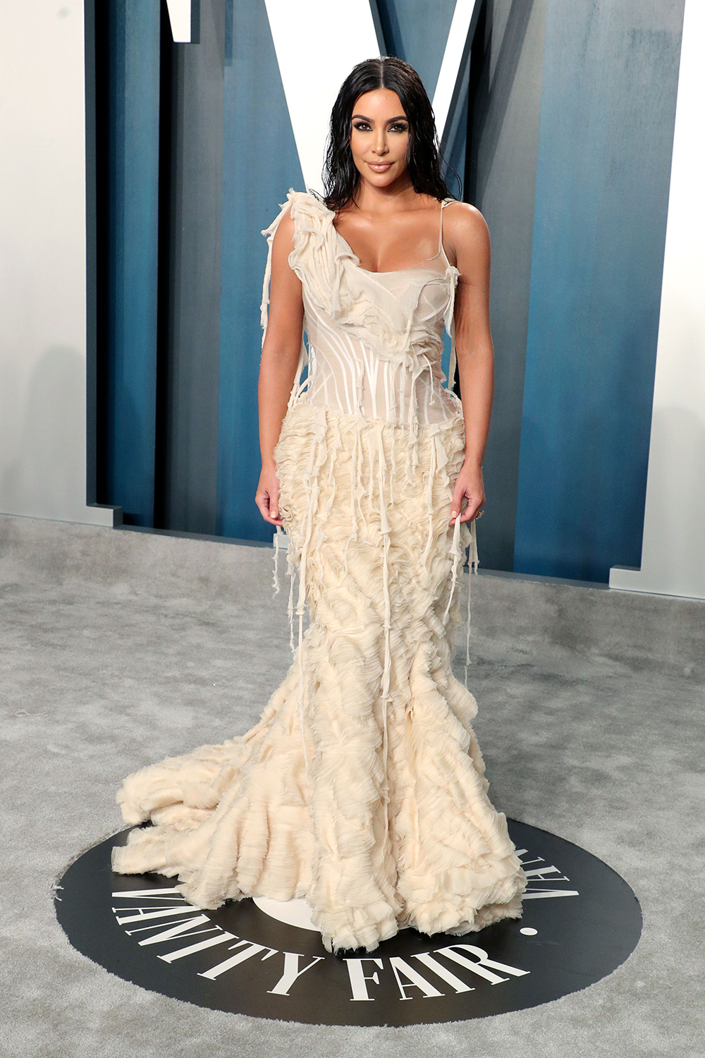 Best Oscars After Party Dresses Of 2020 See Academy Award Party Looks Hollywood Life