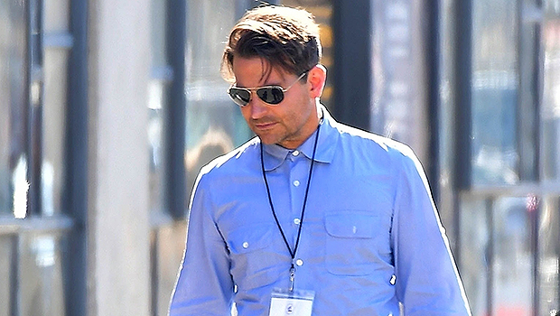 Bradley Cooper S Daughter Lea Rides A Scooter In Nyc Pic Hollywood Life