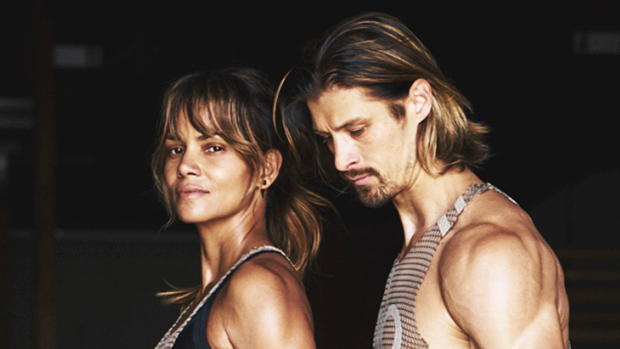peter lee thomas dating halle berry)