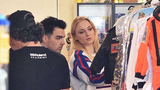 Sophie Turner & Joe Jonas shopping