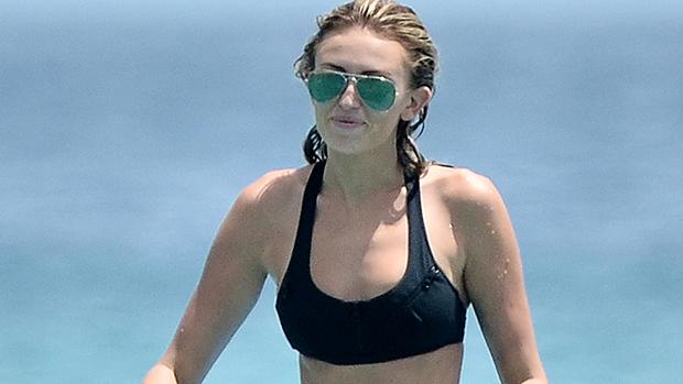 Paulina Gretzky at the beach