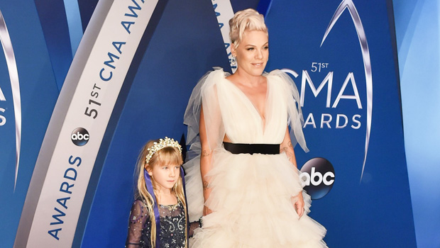Pink & her daughter Willow