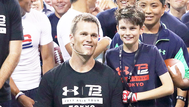 Tom Brady S Son Jack Looks Identical To His Dad In New Pic Fans Say Twin Hollywood Life