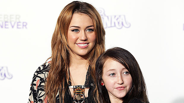 Noah Cyrus Cries Over 'Young & Sad' Song About Being In ...