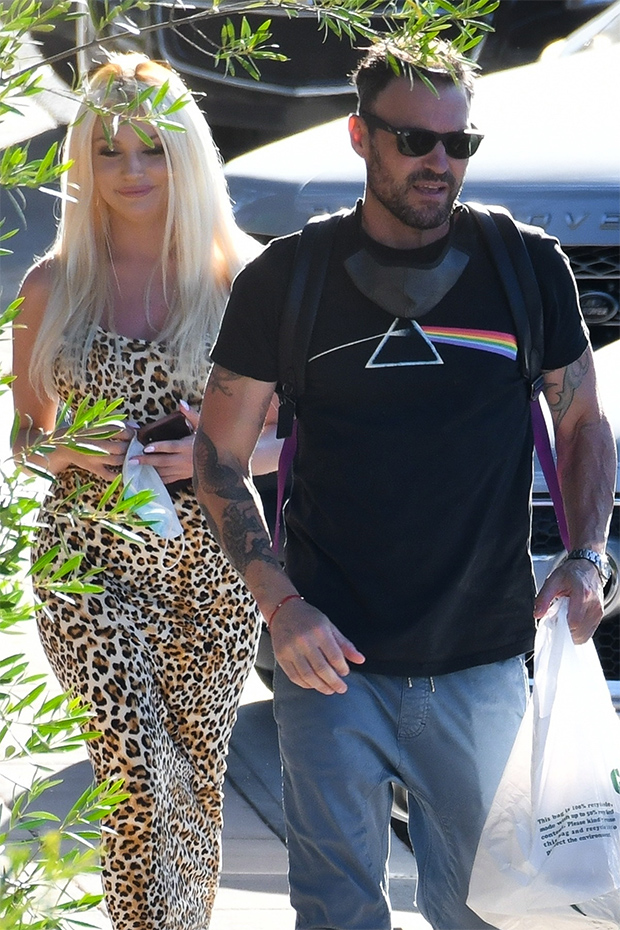 Brian Austin Green & Courtney Stodden out for lunch