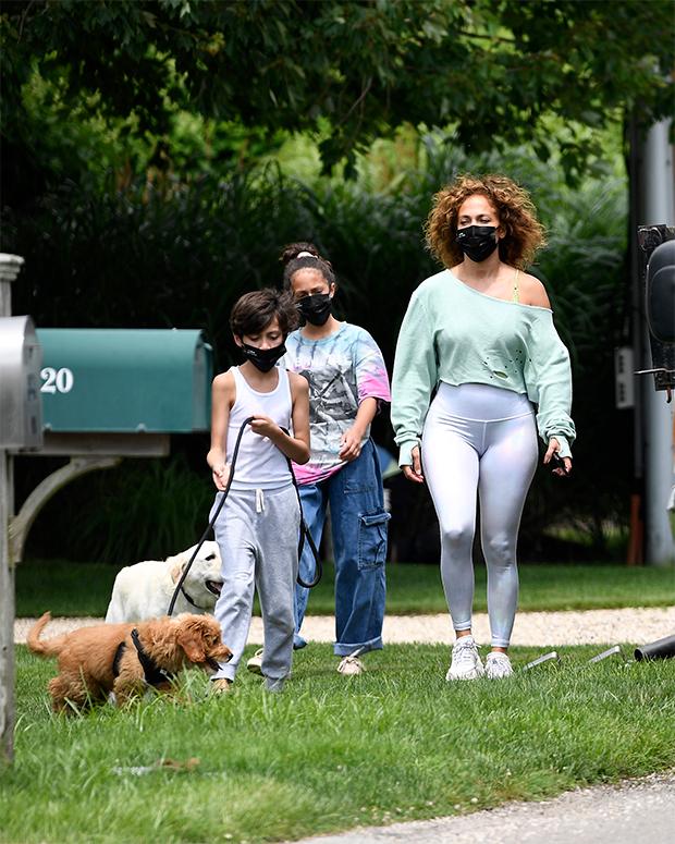 Jennifer Lopez & her twins
