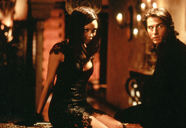 Thandie Newton & Tom Cruise in 'Mission Impossible 2'