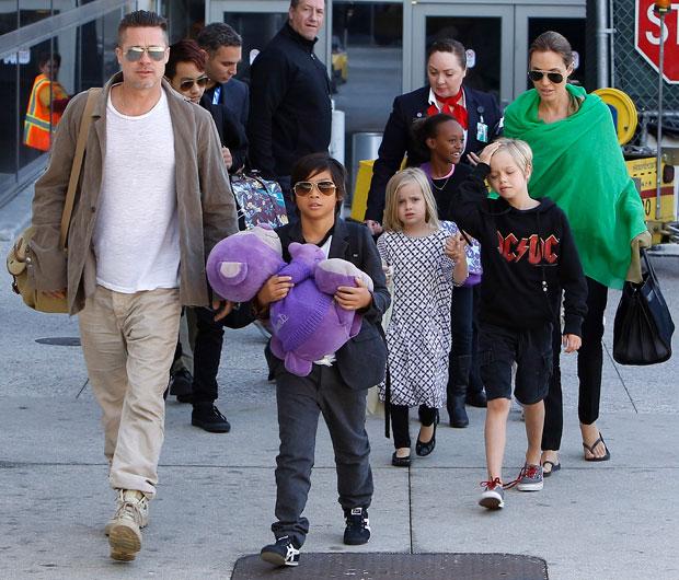 Angelina Jolie, Brad Pitt & their kids in Australia in 2014