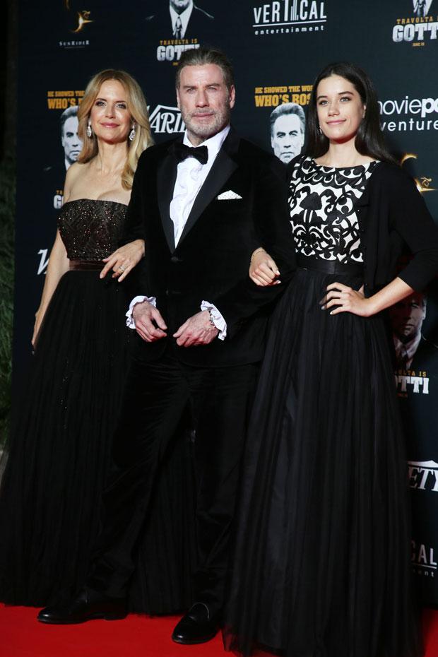 Kelly Preston, John Travolta, Ella Travolta