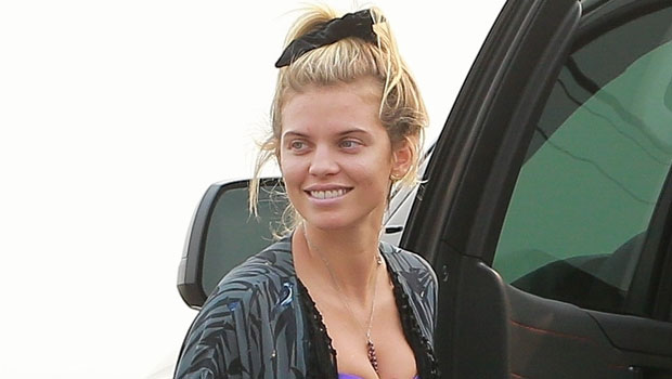 Annalynne Mccord Dominic Purcell Back Together Pda Beach Photos Hollywood Life