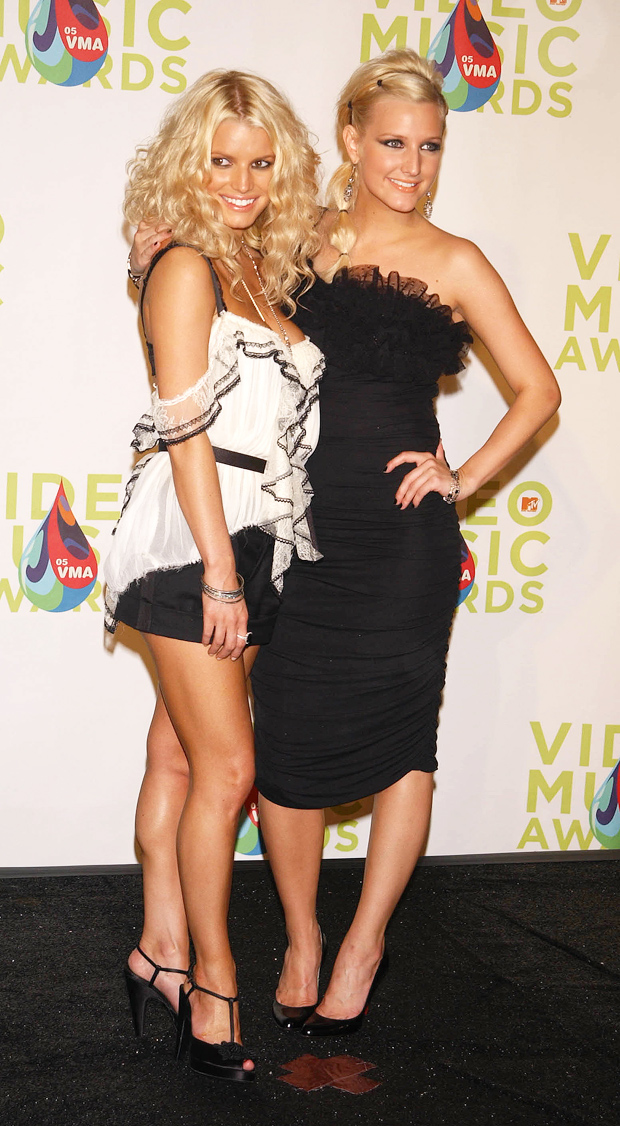 Jessica and Ashlee Simpson