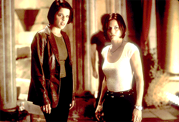 Neve Campbell Courteney Cox