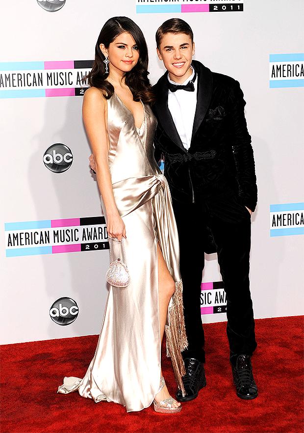 Selena Gomez & Justin Bieber 2011 AMAs