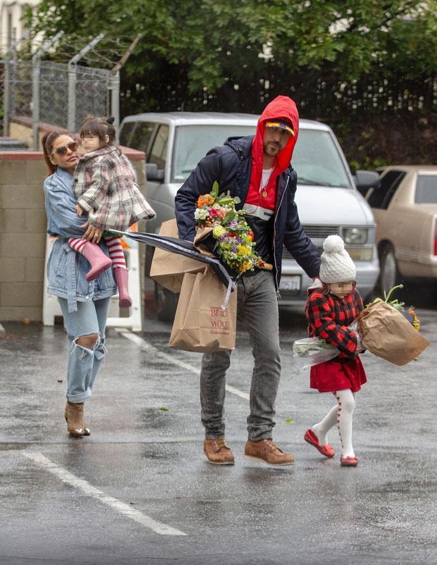 Eva Mendes, Ryan Gosling & Kids
