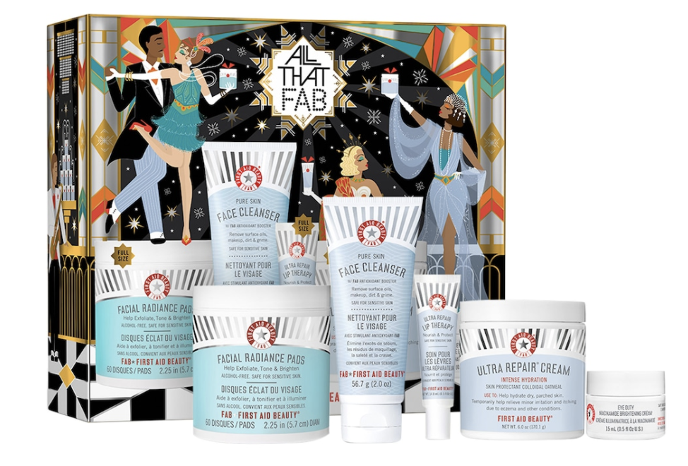 First Aid Beauty Gift Set