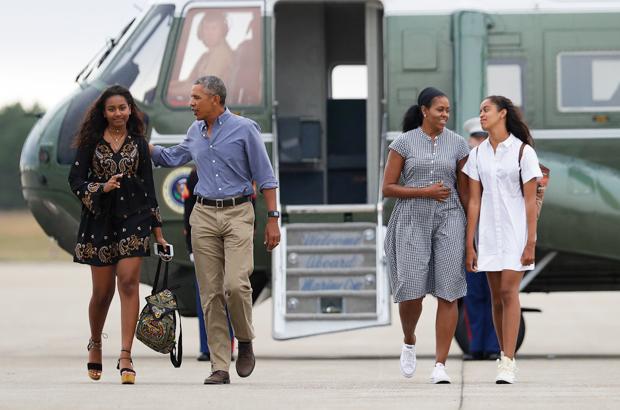 Barack Michelle Sasha Malia Obama