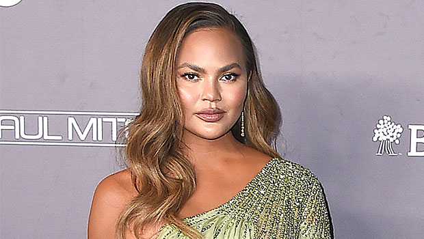 Chrissy Teigen Admits It's Been A 'Brutal, Exhausting, Sad' 2 Months Since Devastating Miscarriage
