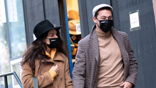 Katie Holmes & Boyfriend Emilio Vitolo Jr. Hold Hands As They Embrace NYC's Brisk Fall Weather — Pic