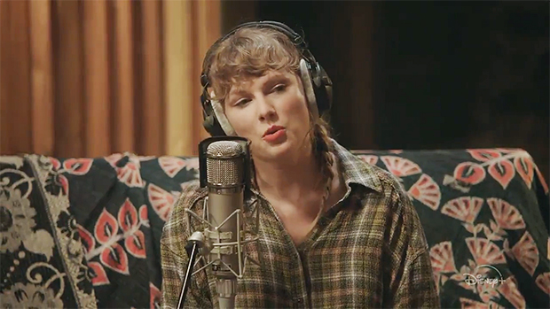 Taylor Swift Debuts 1st Performance Of Fan-Favorite 'August' In Trailer For Disney+ Studio Sessions