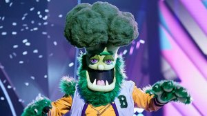 'The Masked Singer' Recap: A Legendary Singer-Songwriter Is Revealed As Broccoli In Group C Finals