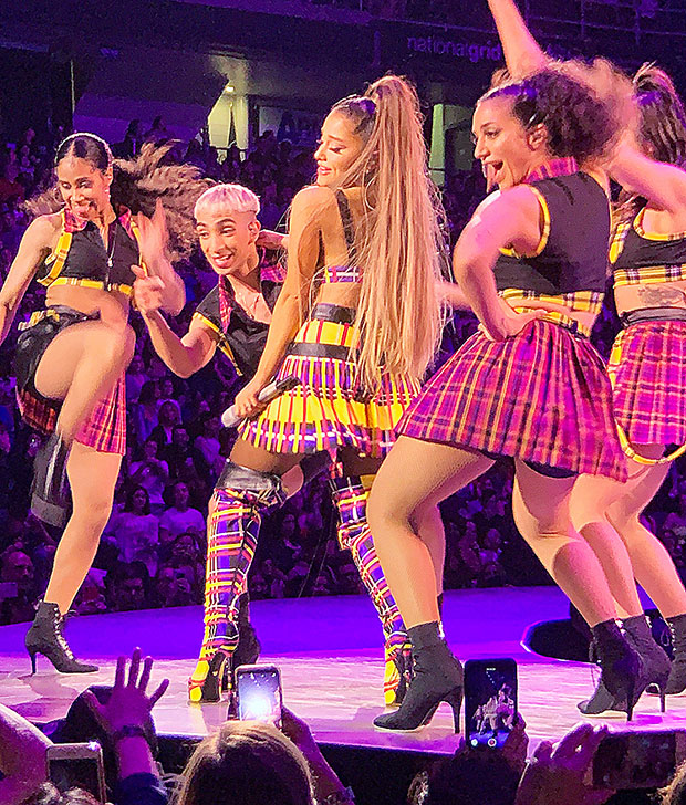 Ariana Grande's 'Sweetener' tour
