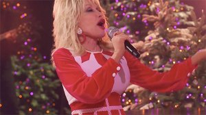 Dolly Parton, 74, Slays As A Sexy Santa For 'Christmas In Rockefeller Center' Performance