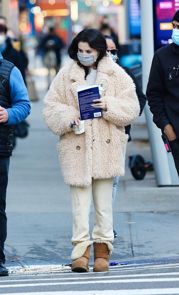 Selena Gomez in New York City