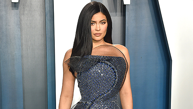 Kylie Jenner Claps Back At Haters Mocking Her Shower In New Video Of Her Actual Bathroom