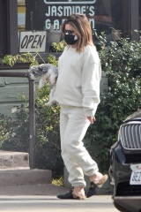 Los Feliz, CA  - *EXCLUSIVE*  - Pregnant Ashley Tisdale keeps it casual in sweats to run errands in Los Angeles with her pooch.  Pictured: Ashley Tisdale  BACKGRID USA 7 JANUARY 2021  USA: +1 310 798 9111 / usasales@backgrid.com  UK: +44 208 344 2007 / uksales@backgrid.com  *UK Clients - Pictures Containing Children Please Pixelate Face Prior To Publication*