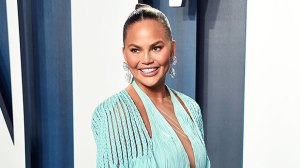Chrissy Teigen Shockingly Loses A Tooth After She Bites Into A Fruit Roll-Up