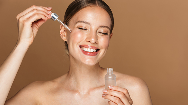 """This """"Miracle Serum"""" By The Ordinary Has Over 13k Reviews, Is Under $20 & Helps Minimize Pores"""