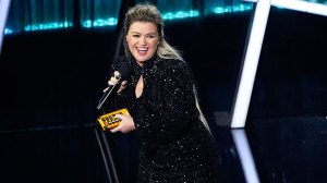 Kelly Clarkson 'Honored' By Talk Show's Ratings As It's Reported She May Take Over Ellen's Time Slot
