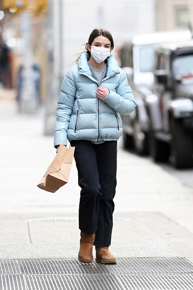 Suri Cruise, 14, Runs Through NYC In Blue Puffer Coat