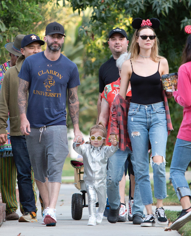 Adam Levine & Behati Prinsloo's Daughter In Photo From Third Birthday –  Hollywood Life
