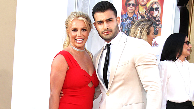 Britney Spears Makes BF Sam Asghari Carry Her On His Back During A Hike In Cheeky Clip: 'This Is Great'.jpg
