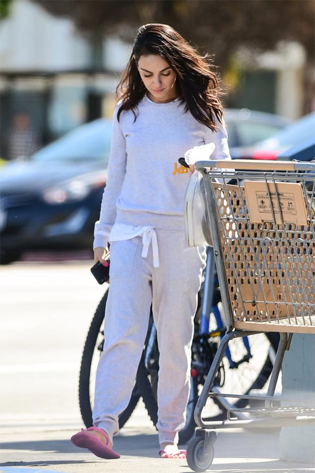 Mila Kunis out in sweats & flip flops