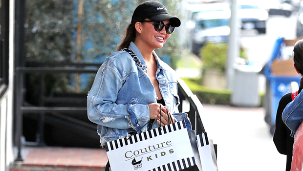 Chrissy Teigen shopping in Chrissy Teigen shopping in slip-on scandals