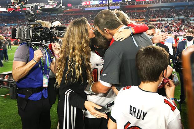 Tom Brady & his family at Super Bowl 2021
