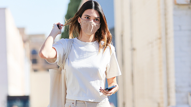 You Need The $55 Classic White Sneakers That Kendall Jenner Loves For Any Season.jpg