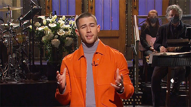 Kevin Jonas Crashes Nick's Opening Monologue On 'SNL' & Confuses A Hanson Song As Their Own — Watch
