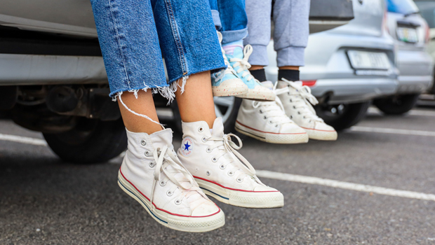 Over 14k People Swear By These Canvas Sneakers That Are 1/2 The Price Of Celeb-Beloved Converse.jpg