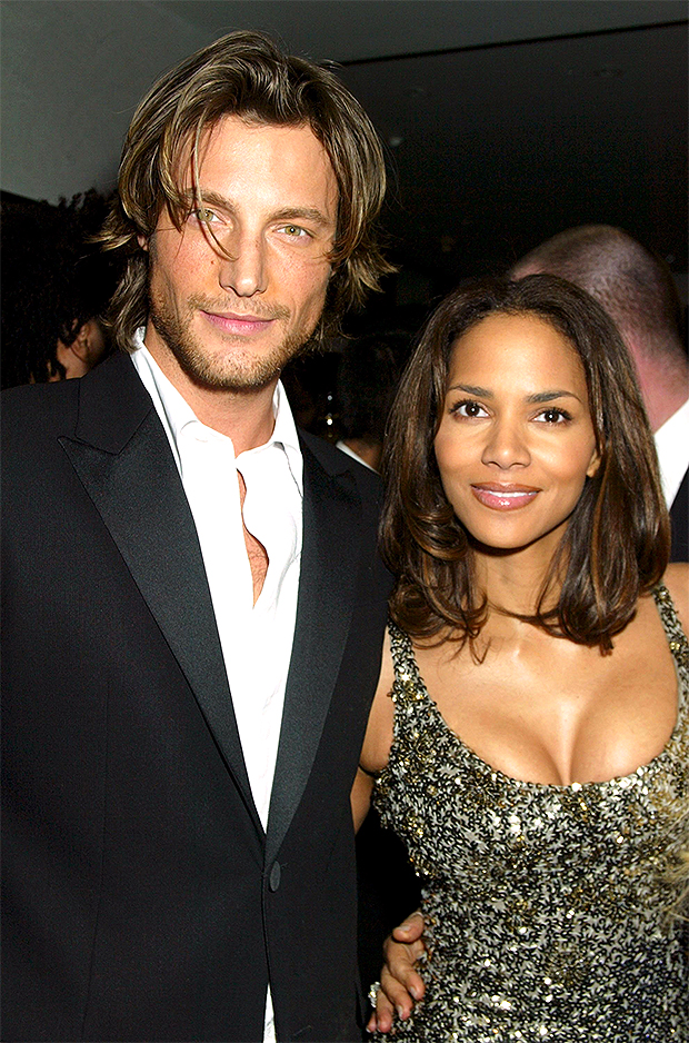 halle berry dating history)