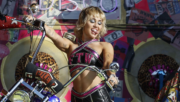 Miley Cyrus Hangs Out With Tall Mystery Man & Goofs Off With Friends In Palm Springs Bar – Watch
