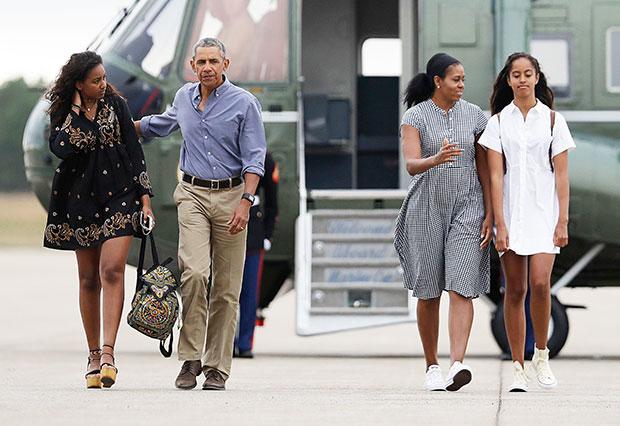 Michelle Sasha Malia Barack Obama