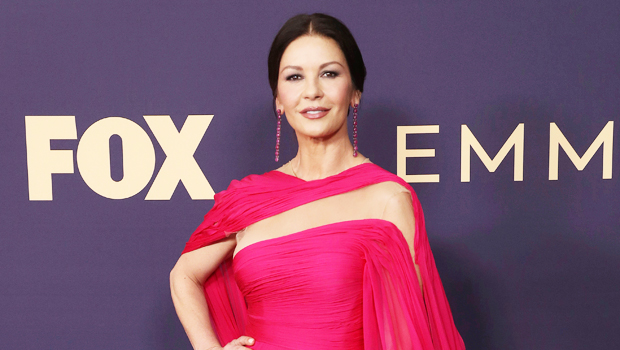 Catherine Zeta-Jones, 51, Reveals The Diet She Follows To Stay As Slim As She Was 30 Years Ago.jpg