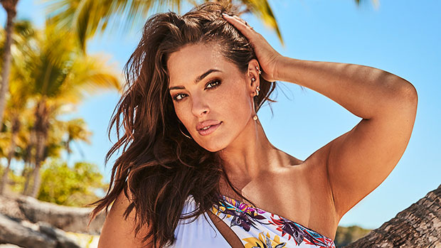 This Color-Blocked Swimsuit With Over 3k Reviews Looks Just Ashley Graham's & Is 1/2 The Price