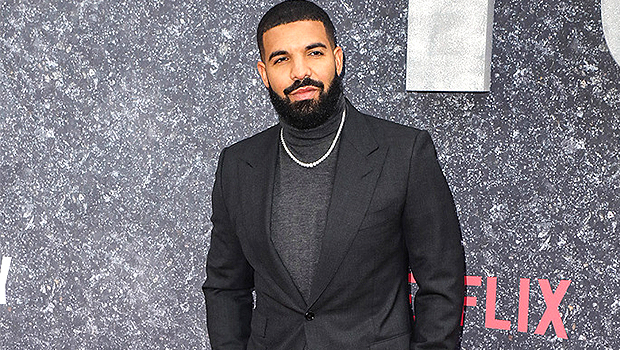Drake Looks Ripped While Working Out Shirtless In The Gym — Video