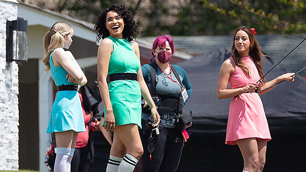 'Powerpuff Girls' Fans Go Nuts After 1st Pics From Set Show Live-Action Cast In Costume.jpg